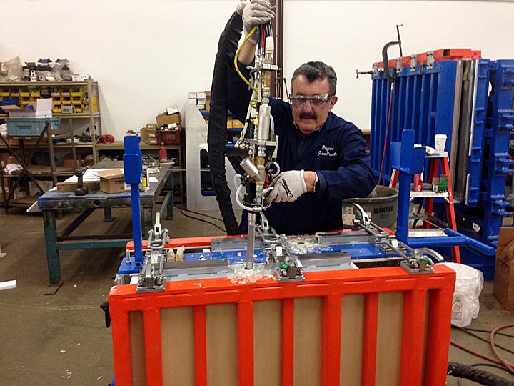 Automatic Urethane Foam Dispensing Gun